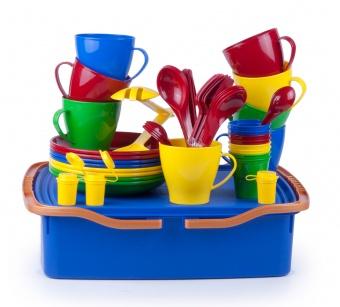 """Дорожный набор посуды на 8 персон """"Веселая компания-3"""" в контейнере 10л с герметичной крышкой и двумя ручками"""